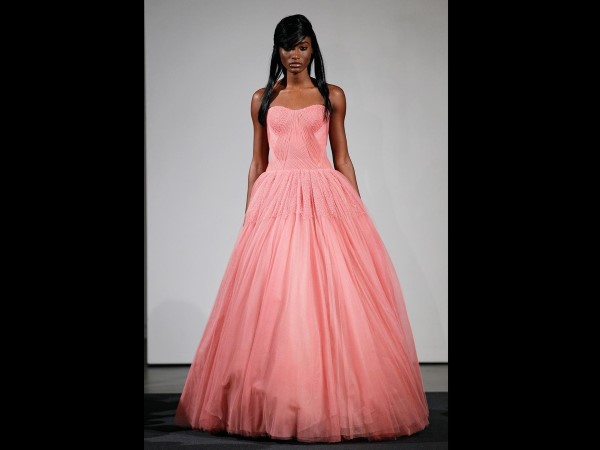 2-Vera Wang Fall 2014-weddingdresses-torontoweddingplanner