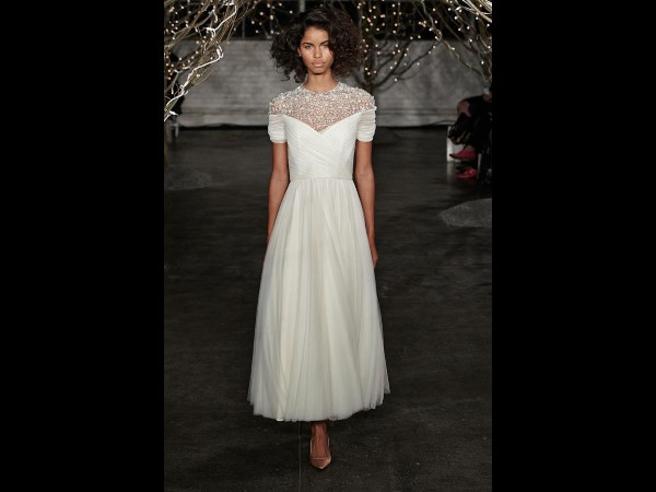 3-JennyPackham-Weddingdresses-2014-torontoweddingplanner