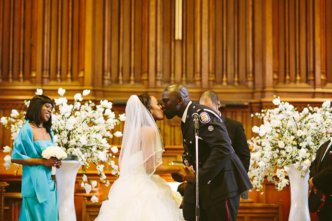 BRIDE-GROOM-WEDDING-TORONTOWEDDINGPLANNER-TORONTODESTINATIONWEDDINGPLANNER