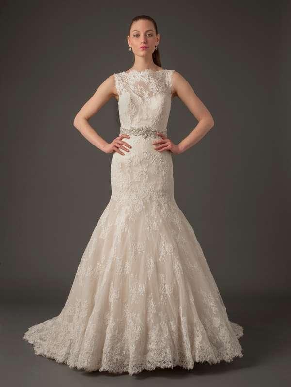 torontoweddingplanner-torontodestinationweddingplanner-kleinfeld-weddingdress-laceweddingdress-daniellecaprese