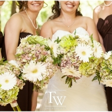 brides-bouquet-bridal-bridesmaids-flowers