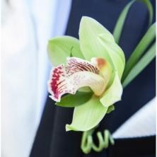 wedding-bout-groom-flowers